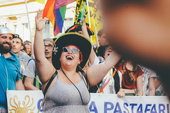 happiness | milano pride 2017. (Nicole Favero) Tags: verde pride lgbt loveislove amazing mine cute cool awesome forever followme supporter supporting straight love people wonderful crazy nikon nikond5000 camera effect lightroom lens vsco vscoeffect cam milano milan gaypride gay lesbian transgender bisexual asexual babdook babadook italy