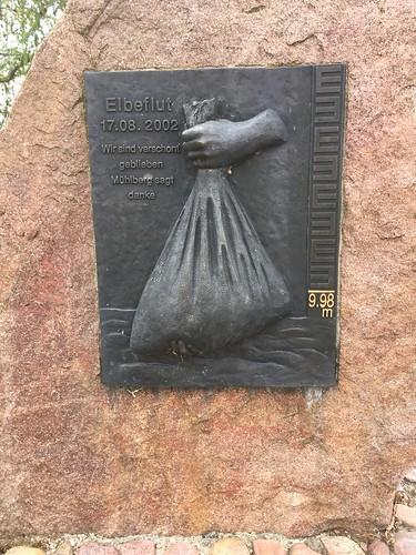 Gedenkstein Elbeflut