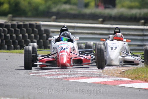 Michael Eastwell and Tom McArthur in the Formula Ford FF1600 championship at Kirkistown, June 2017