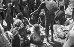 IrianJaya-5-401-004 (Melanesian cultures) Tags: mamberamo ubrub ilaga amgotro hollandia papua irianjaya nieuwguinea meervlakte baliem francisanen franciscaan wisselmeren jaren50 vijftigerjaren nederlandsnieuwguinea papoea zusters broeders