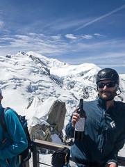 PeteWilk_2017-05-24_31090.jpg (pete_wilk) Tags: wine alpineclimbing blueicesalesmeetingouting petewilk chamonix france