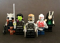Welcome to the Frikken Guardians of the Galaxy (Beɳ) Tags: lego guardiansofthegalaxy minifigures starlord peterquill gamora drax babygroot groot rocketraccoon mantis