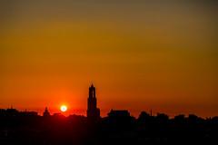 De skyline van Utrecht (Bart Weerdenburg) Tags: utrecht gemeenteutrecht skyline city sunset zonsondergang sun colour