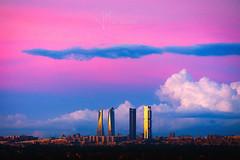 Después de la tormenta... (Javier Martínez Morán) Tags: madrid 4torres cuatro torres atardecer sunset city ciudad spain españa pink cinturon venus nubes clouds ocaso blue azul tempestad