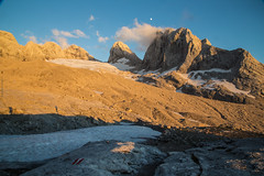 expo-8206 (ernst.scherr) Tags: gelb adamekhütte gosau dachstein salzkammergut gletscher schnee natur mondaufgang mondlicht sonnenuntergang alpen pflanzen