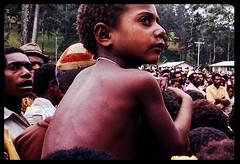 06-Gembogi Sing Sing, Chimbu Province, PNG, 1978 ((π)) Tags: png papuanewguinea gembogi singsing newguineahighlands highlands mountwilhelm chimbu chimbuprovince chimbuvalley 1978