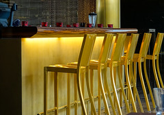 The golden bar (frankdorgathen) Tags: tourism travel radisson nordrheinwestfalen rheinland düsseldorf mediaharbour medienhafen town urban city drink indoor seat hotel bar golden