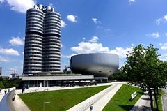BMW Hochhaus -  DSC09056 (Chris Belsten) Tags: design munich münchen deutschland bmwwelt metal industrialdesign industrialarchitecture architecture coophimmellau bmwag industry bmw stockcategories