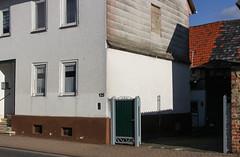 Dorf, Wetterau 2016 (Spiegelneuronen) Tags: wetterau dorf häuser