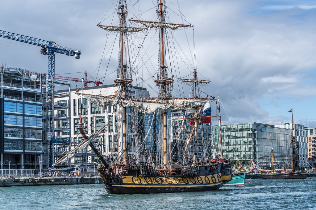 THE FRIGATE SHTANDART [TALL SHIPS LEAVING DUBLIN PORT TUESDAY JUNE 6 2017]-129402