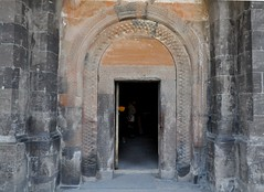 Khor Virap (Armenia). Monasterio. Iglesia. Portada (santi abella) Tags: khorvirap armenia