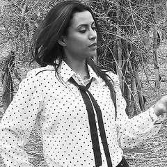Bollywood Actress SALIYA Hot Photos Set-2 (42)
