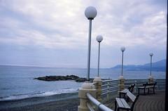 Lungomare Bordighera 1 (paolapaoletta) Tags: sea lungomare coast costa minolta himatic11 agfactprecisa100 italy bordighera liguria