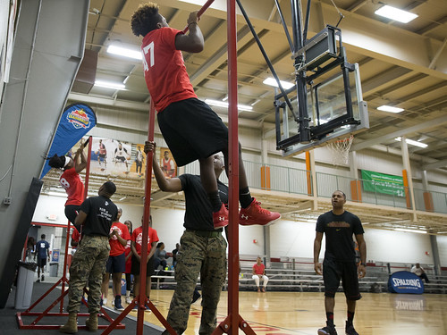 "170610_USMC_Basketball_Clinic.022 • <a style=""font-size:0.8em;"" href=""http://www.flickr.com/photos/152979166@N07/35288661765/"" target=""_blank"">View on Flickr</a>"