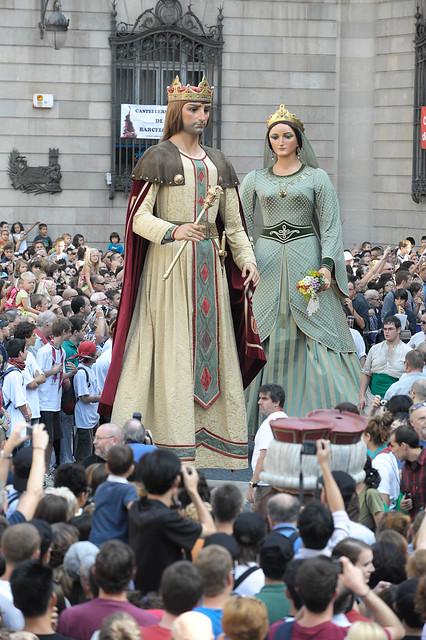 人気オプショナルツアー:バルセロナの秋祭り 人間の塔! メルセ祭りと旧市街散策