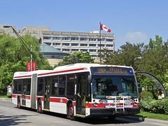 Toronto Transit Commission 9005 (YT   transport photography) Tags: ttc toronto transit commission nova bus lfs artic articulated