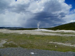 Yellowstone - Old Faithful pic1 (michaelyouhas) Tags: yellowstone national park 2017 youhas nature old faithful geyser hot springs