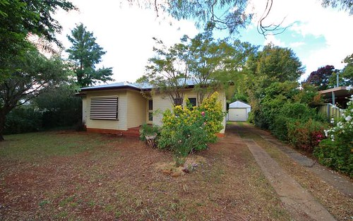 84 North St, Dubbo NSW 2830