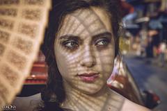 Lore (David Corona Fotografía ( draco_66 )) Tags: portrait eyes girl beautiful abanico mexico nikon retrato