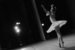 私はここに -ballerina- (atacamaki) Tags: xt2 50140 xf f28 rlmoiswr fujifilm jpeg撮って出し atacamaki バレエ ballet バレリーナ ballerina 長野 nagano 饗場絵美バレエスタジオ モノクロ 白黒 monochrome bw beautiful dance story girl