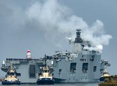 HMS Ocean (L12) Firing Her Guns)_7060099 (Jonathan Irwin Photography) Tags: hms ocean l12 arriving onto river wear for last time