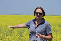 bayer-showcase-nd-17-139 (AgWired) Tags: bayer cropscience showcase plot tour 2017 soybeans canola wheat cereals corn north dakota agwired zimmcomm new media chuck zimmerman
