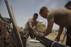 06-817_B2_170526-A-OZ910-004 (FortBraggParaglide) Tags: cjtfoir 82ndairbornedivision 2ndbrigadecombatteam iraq mosul isis airborne paratroopers mortar combinedjointtaskforce operationinherentresolve cplracheldiehm combatcamera iq