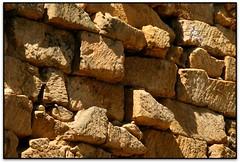 Muralles de Tarragona (el Tarragonès) (Jesús Cano Sánchez) Tags: elsenyordelsbertins canon eos20d tamron18200 catalunya cataluña catalonia espanya españa spain tarragones tarragona roma imperi romano imperio roman empire muralles murallas walls unesco