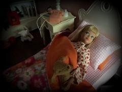 Sweet dreams, Skipper (Foxy Belle) Tags: skipper bedroom 16 scale diorama room girls pink mod orange floral miniature girl sindy vanity bed blanket pillow