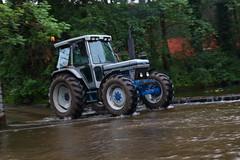 IMG_0479 (Yorkshire Pics) Tags: 1006 10062017 10thjune 10thjune2017 newbyhalltractorfestival ripon marchofthetractors marchofthetractors2017 ford fordcrossing river rivercrossing tractor tractors farmingequipment farmmachinery agriculture yorkshire northyorkshire