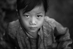 "Vietnam: enfant de l'ethnie ""Hmong Blanc"". (claude gourlay) Tags: vietnam asie asia tonkin indochine claudegourlay portrait retrato ritratti enfant child noiretblanc black white nb bw blackandwhite"