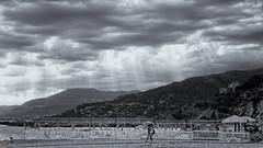 (J.v.V.) Tags: landscape em10 olympus beach crepuscularrays blackandwhite monochrome rays clouds light