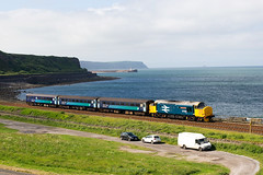 Parton Vulcan (stevenjcrozier) Tags: 37558 37424 2c41 parton vulcan cumbrian coast 424 approaches station with 0845 barrowinfurness carlisle decided include carsvan there was no way excluding them they add timeframe shot 030617
