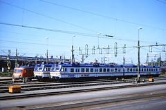 SJ, Gothenburg, Norway, 1989 (railphotoart) Tags: oslo stillimage goteborg ostlandet norway 35mm slide