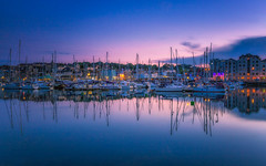 Barbican Blues (Rich Walker75) Tags: bluehour blue pink plymouth plymouthbarbican boat boats reflection reflections devon britainsoceancity water yacht yachts england sunset greatbritain canon eos100d efs1585mmisusm eos