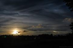 Coucher de soleil dans les Landes_1228 (lucbarre) Tags: coucher soleil sun sleep cloud clouds nuage nuages landes extérieur exterior outdoor