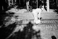 cleaning (gato-gato-gato) Tags: 35mm bg bulgaria contax contaxt2 iso400 ilford ls600 noritsu noritsuls600 ostblock sofia strasse street streetphotographer streetphotography streettogs t2 analog analogphotography believeinfilm film filmisnotdead filmphotography flickr gatogatogato gatogatogatoch homedeveloped pointandshoot streetphoto streetpic tobiasgaulkech travel wwwgatogatogatoch българия софия sofiacity bulgarien black white schwarz weiss bw blanco negro monochrom monochrome blanc noir strase onthestreets mensch person human pedestrian fussgänger fusgänger passant autofocus urlaub ferien reise adventure