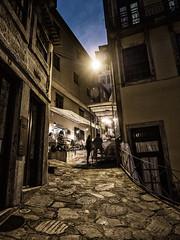 PORTO - Portugal (Francisco (PortoPortugal)) Tags: 1602017 20170223fpbo5049 porto portugal unescoworldheritagesite centrohistórico historicalcentre noite night pessoas people portografiaassociaçãofotográficadoporto franciscooliveira