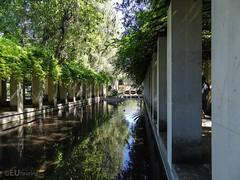 Jardin Romantique of Bercy park (eutouring) Tags: paris france travel parc park parcdebercy bercy bercypark jardinromantique romantic water waterfeature vine vines