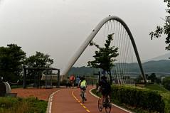 A suspension bridge for pedestrians and bicycle riding. (Michael@0730) Tags: gyeonggido southkorea kor