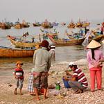 Mui Ne fishing village: life scene (DSC_1214) thumbnail