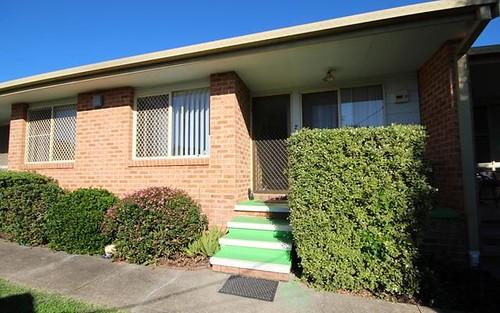 2/261 Victoria Street, Taree NSW