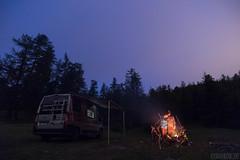 Relax nei boschi-39 ( YariGhidone ) Tags: rosso cesana lago nero claviere monti della luna van life vanlife campe furgone vita avventure adventure campfire camping wildlife wild camper