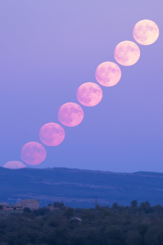 Lluna eixint
