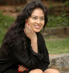 Indian Actress NIKESHA PATEL Hot Sexy Images Set-1 (81)