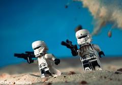 IMG_7005 (Hue Hughes) Tags: lego starwars tatoonine jawa r2d2 c3p0 desert ig88 robots droids bobafett sand jakku sandpeople lukeskywalker sandspeeder kyloren imperialshuttle tiefighter rey bb8 stormtrooper firstorder generalhux poe