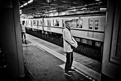 Kashiwa platform 02 (Camera Freak) Tags: train kashiwa blackandwhite monochrome leica m10 28mm perar