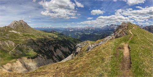 Südtiroler Wanderwege