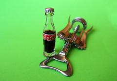 Miniature (Alfredo Liverani) Tags: odcdailychallenge odc daily challenge miniature 1842017 project365184 project365070317 project36503jul17 oneaday photoaday pictureaday project365 project project2017 2017pad canong5x canon g5x cocacola coca cola miniatura
