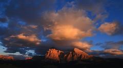Good Evening _MG_3369m1(1) (maxo1965) Tags: seiseralm sunset clouds blue sky südtirol sassolungo sassopiatto alpedisiusi dolomites